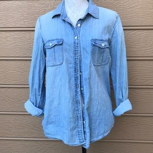 J. Crew chambray Classic Button Down Top Size 8